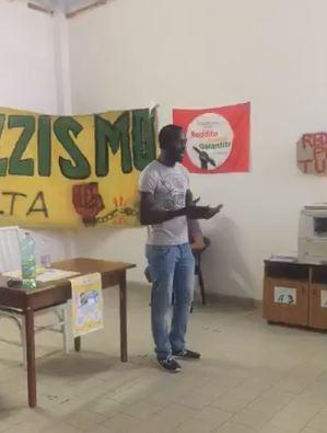 La conferenza stampa dei centri sociali di Caserta