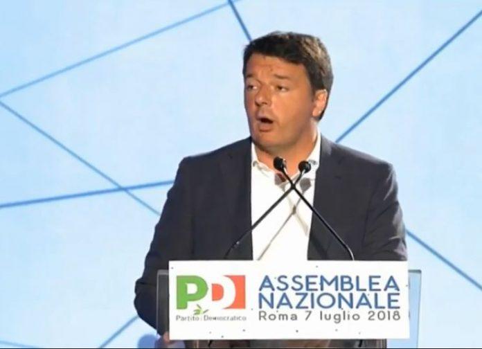 Matteo Renzi all'assemblea nazionale del Pd